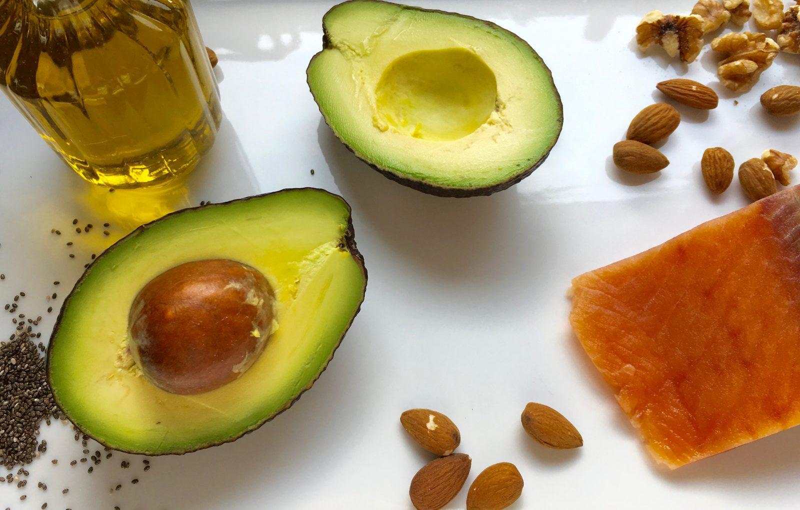 Gesunde Fette und fünf einfache Wege diese in unsere Ernährung zu integrieren